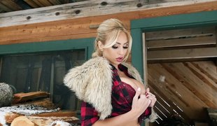 Awesome solo blonde model strips undressed in the cabin
