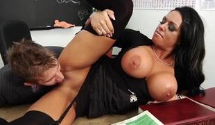 femdom hardcore tenåring store pupper anal brunette brite hd rett