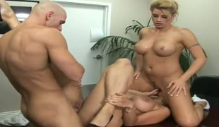Johnny Sins makes Golden-haired senora Brooke Haven gag on his thick ram rod