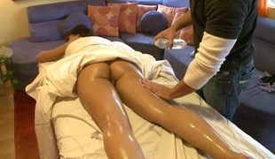 Oiled worthwhile ass diva given massage then banged hardcore in reality porn