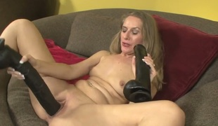 Nasty wench Sara James dildos her fuck gap