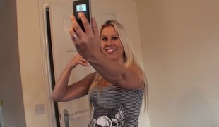 blonde langt hår hardcore blowjob sædsprut facial handjob
