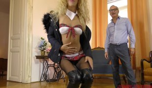 Stunning blonde sex bomb is great at riding a huge tool