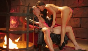 Provocative Asian bombshell Asa Akira drilled in the dungeon