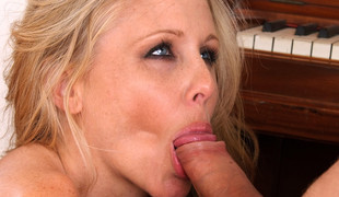 store pupper facial milf blowjob handjob hårete moden tatovering hd rett
