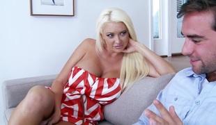 blonde slikking store pupper pornostjerne blowjob vill hd