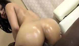 brunette babe hardcore blowjob interracial stor kuk