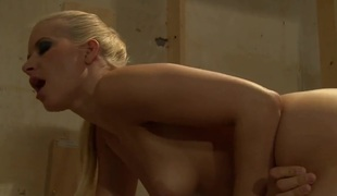 Anikka Albrite wants mans ram rod to screw her mouth