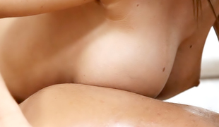 naturlige pupper massasje