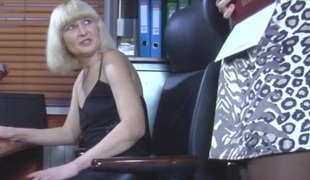 AmeliaB and Denis lesbian mature action