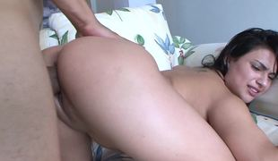 Latin chick slut gets her vaginal slit penetrated in a wild way