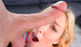 tenåring blonde blowjob onani stor kuk