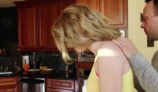 blonde blowjob sædsprut små pupper stor kuk rimjob