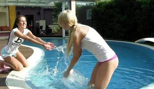 Lindsey Olsen and Ariana Z outdoor cum-hole pooltime