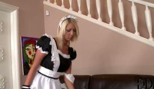 babe blonde lingerie strømper onani truser romantisk leketøy solo korsett