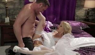 Jessica drake lets man bang her pleasing mouth