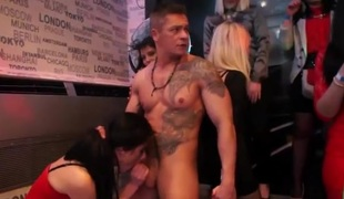 Hot dancing girls like sucking random dick
