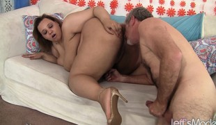 Fat wench with huge titties gets screwed and left with a warm injection